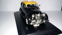 Ford V8  - Taxi Montevideo - 1950 1:43
